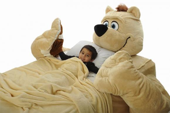 Кровать в виде мягкой игрушки