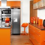 Кухня цвета апельсина – позитив хозяйке