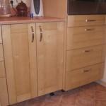 Мебель из фанеры: качества и свойства