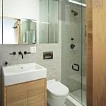 Душевые кабины в интерьере малогабаритной ванной комнаты