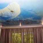 Натяжное небо на потолке