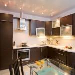 Кухня в коричневом цвете
